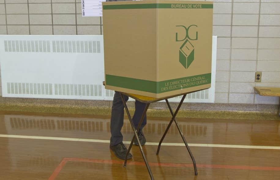 Le bureau du Directeur général des élections a confirmé au Devoir que le site Web permettant de s'inscrire sera mis en ligne dès mercredi après-midi. Le DGEQ estime que cette mesure rendra l'inscription plus simple.