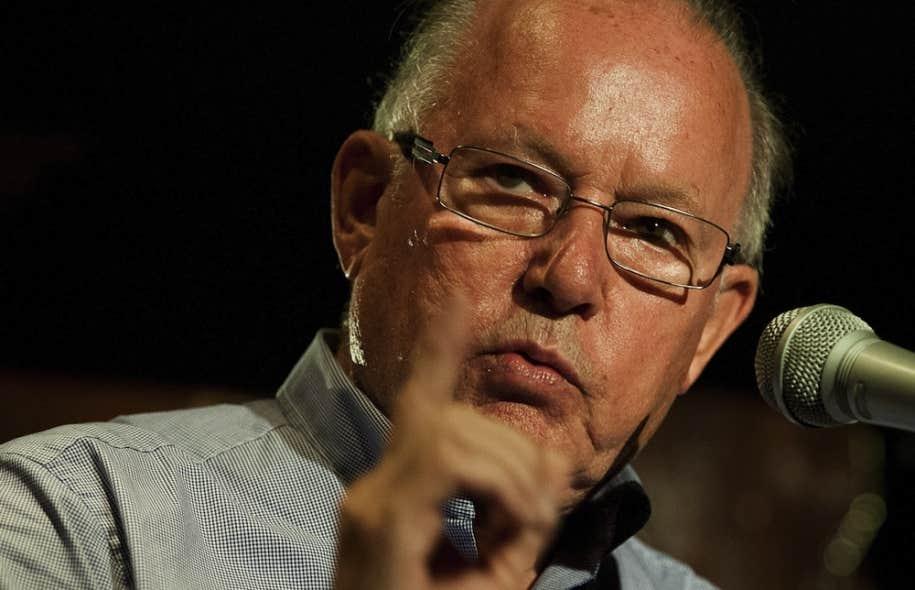 Bernard Landry a affirmé que le geste de Pierre Karl Péladeau ramène le Parti québécois à l'époque de René Lévesque, alors qu'il formait une coalition provenant de divers horizons.