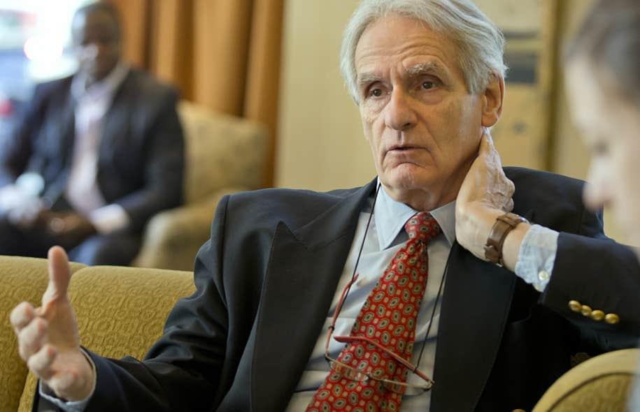 Le sociologue et historien Gérard Bouchard multiplie les métaphores alarmistes pour décrire la situation dans laquelle le Parti québécois s'est lui-même empêtré.