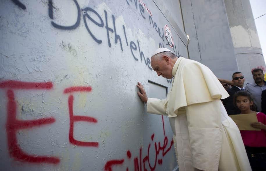 le pape invite palestiniens et isra liens prier pour la paix le devoir. Black Bedroom Furniture Sets. Home Design Ideas