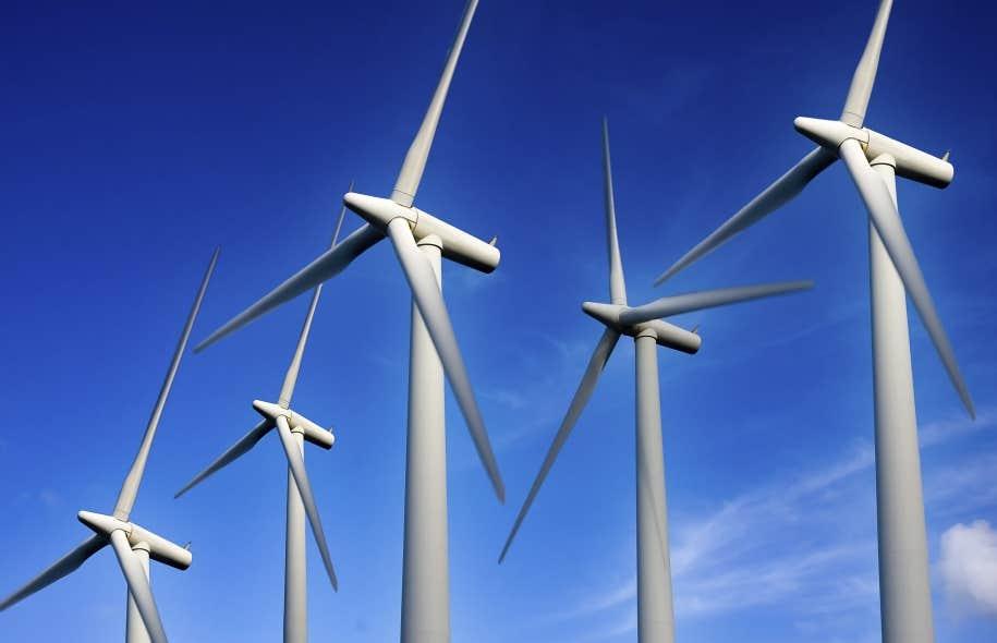 Selon les auteurs, le Québec pourrait prendre exemple sur le Danemark — qui a mis en place un plan pour s'affranchir du pétrole d'ici 2050 et a comme objectif d'intégrer 50% d'énergie éolienne à son réseau d'ici 2020.