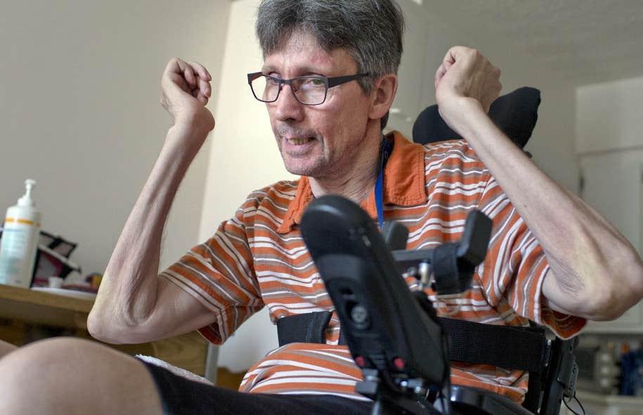 Tout ce que Alain a pu r&eacute;chapper, c&rsquo;est un peu de biceps lui permettant de bouger les bras.<br />
