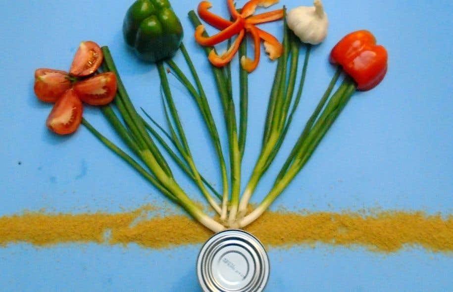 Hochelaga'table est un projet de sensibilisation qui vise à développer « des environnements alimentaires urbains sains et équitables ».