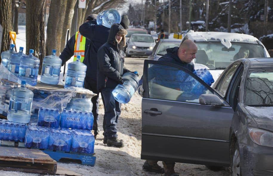 L'avis de non-consommation de l'eau a concerné un total de 288 300 personnes la semaine dernière.