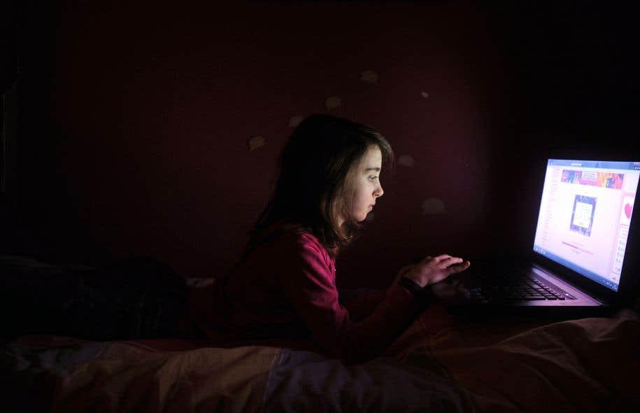 La sédentarité entraînée par la multiplication des appareils numériques dans la vie des adolescents connaît une croissance fulgurante.