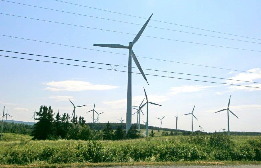 Le Groupe SMI et l'ex-politicien David Cliche étaient poursuivis par le Commissaire pour lobbyisme illégal dans un projet d'éoliennes.