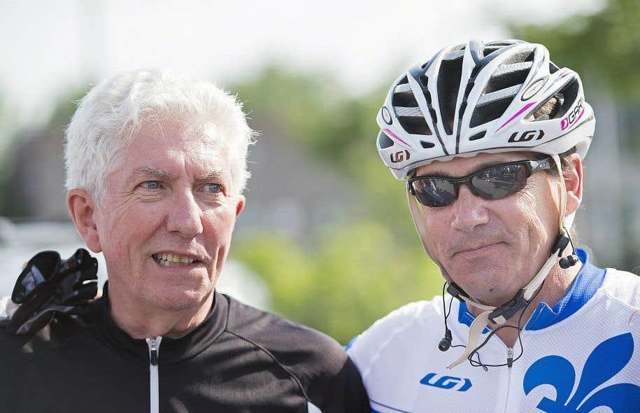 Gilles Duceppe et Pierre Karl Péladeau ont enfourché leurs vélos mercredi pour une tournée préélectorale liant Repentigny et Trois-Rivières.