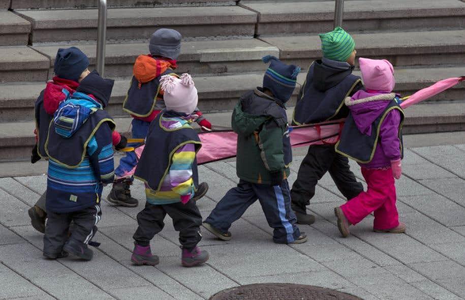 Services de garde d'enfants pour adultes