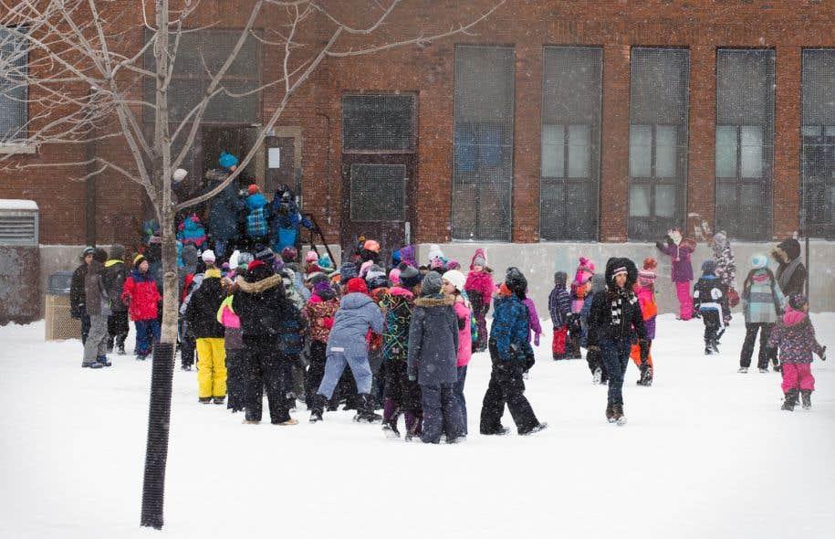 À Montréal seulement, les écoles seront en moyenne à 120 % de leur capacité d'accueil à la rentrée 2016.