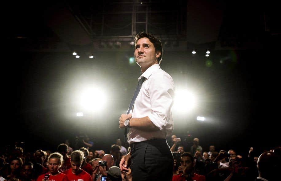 Большинство канадцев (54%) довольны  правительством либералов