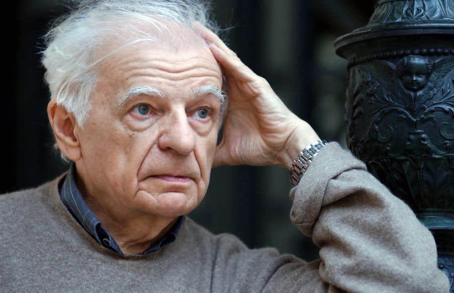 Le poète Yves Bonnefoy, en octobre2001