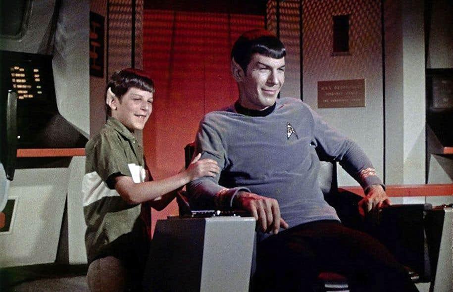 Adan Nimoy rendant visite à son père Leonard lors du tournage de «Star Trek».