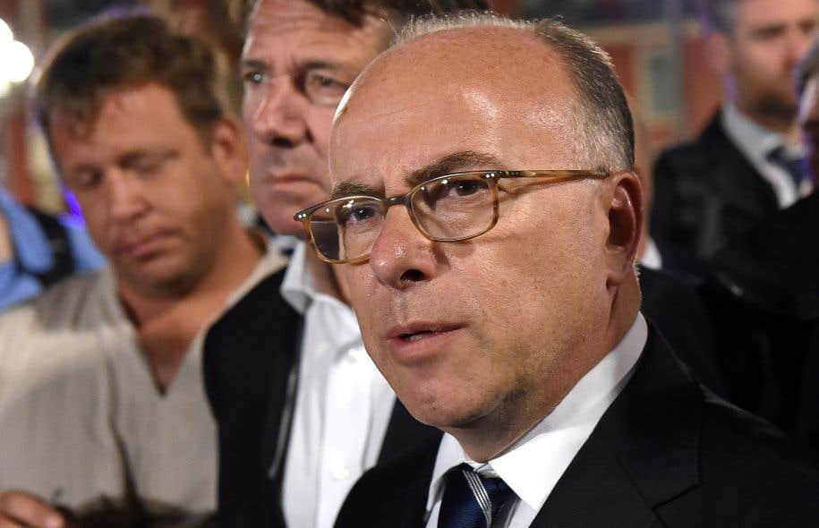 Hollande et valls font bloc pour soutenir le ministre de l for Le ministre de l interieur