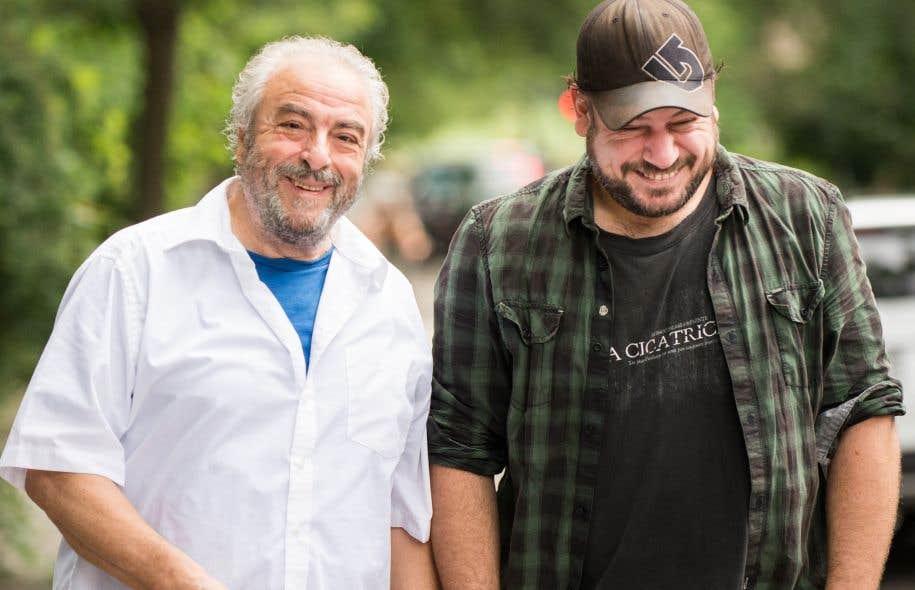 Dino Tavarone,rendu célèbre par son interprétation du mafieux Scarfo dans la série <em>Omertà</em>, en compagnie de Jimmy Larouche.