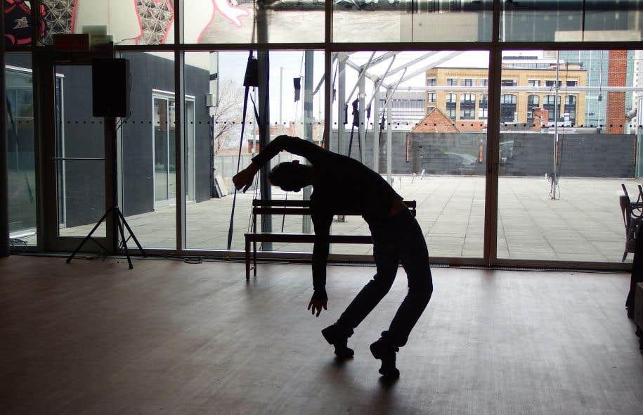 La 14e édition de ce festival, qui s'est donné pour mission de démocratiser la danse, propose 25 créations en salle et 10 créations qui seront données aux Montréalais, gratuitement, dans la rue.