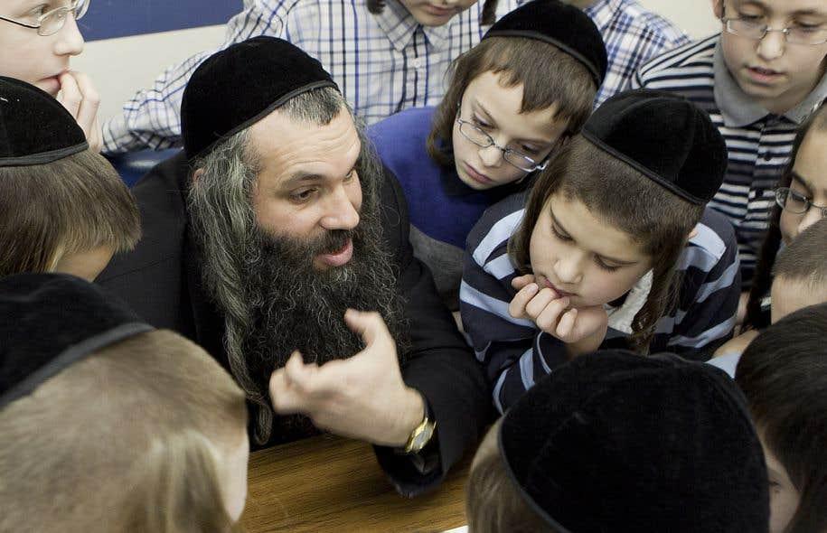 «En tant que parents, nous estimons qu'il est essentiel que nos enfants fréquentent des écoles où leur est transmise une éducation religieuse, culturelle qui reflète nos valeurs», affirme l'auteur, membre de la communauté juive hassidique.
