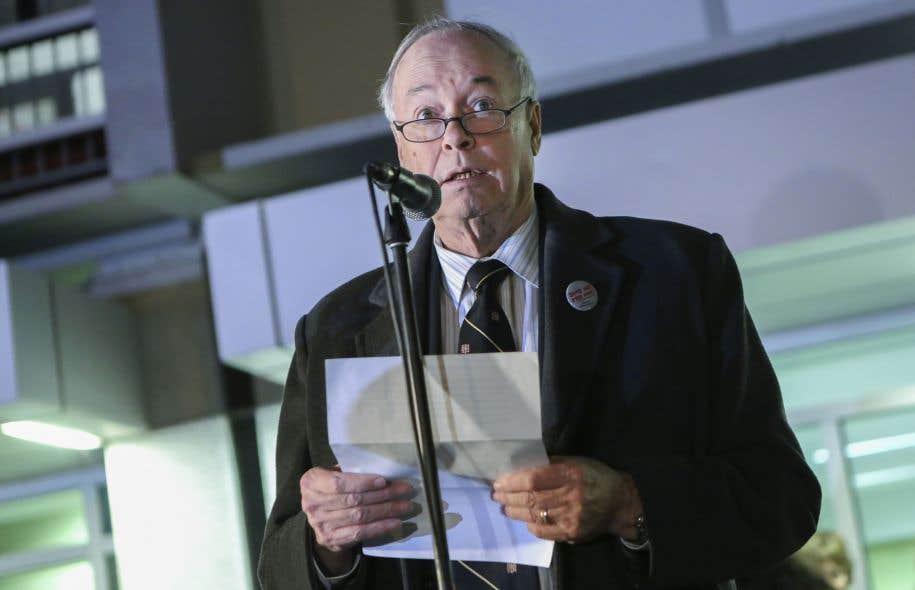 Le recteur de l'Université Laval, Denis Brière, a été accueilli par des huées mercredi soir.