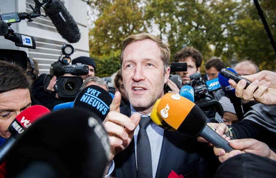 Le ministre-président de la Wallonie, Paul Magnette, est devenu un véritable héros chez lui.