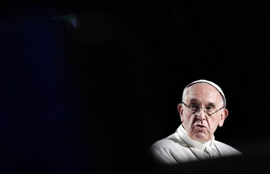 Le souverain pontife, fervent avocat de l'unité des chrétiens, est venu lundi en Suède participer au coup d'envoi d'une année de commémorations autour de la Réforme.