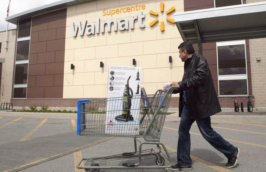 Québec souhaitait initialement forcer des détaillants comme Walmart ou Best Buy à ajouter un descriptif en français à leur marque.