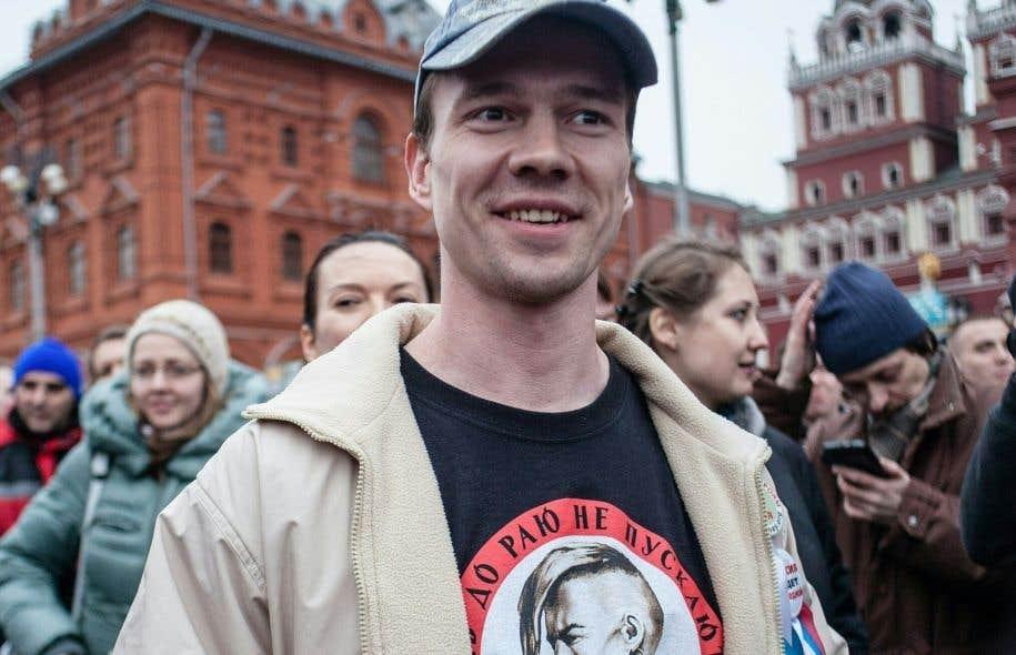 Les ONG Amnesty International et Human Rights Watch, tout comme le prix Nobel de la littérature Svetlana Alexievitch, ont appelé à immédiatement libérer l'opposant et à enquêter sur ses accusations de torture.