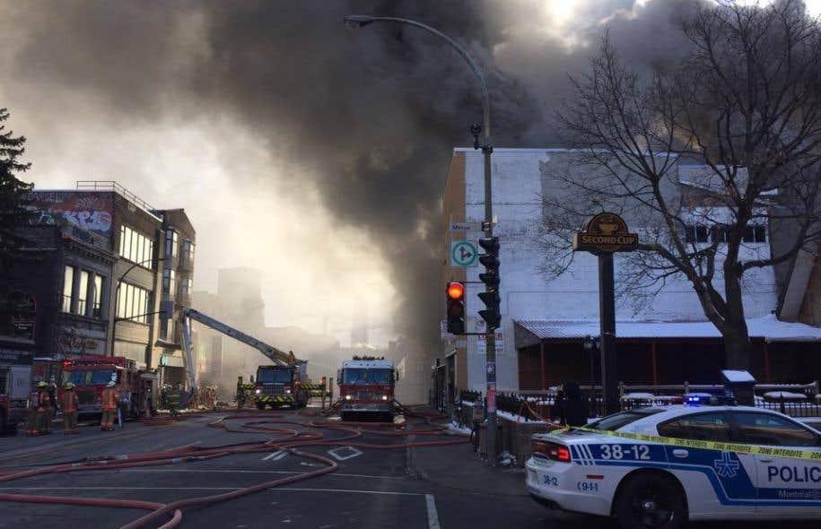 Incendie majeur sur l'avenue du Parc