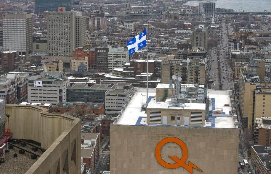 Depuis 2011, les travaux et les services spécialisés représentent 46,5% des achats de biens et de services d'Hydro-Québec.