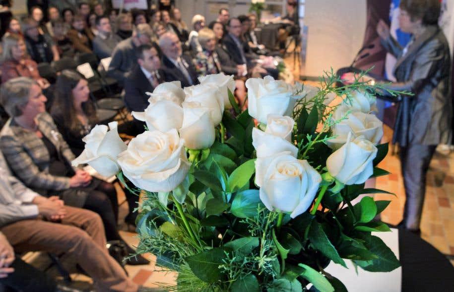 Remise de la bourse de l'Ordre de la rose blanche, lundi