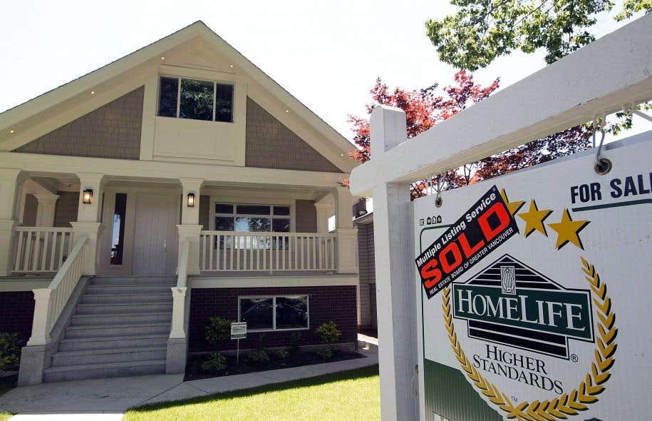 La région de Vancouver demeure le marché où les coûts de propriété sont les plus élevés en part du revenu des ménages.