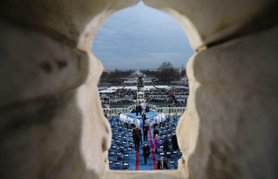 Les médias américains ont rapporté qu'environ 250 000 personnes s'étaient rassemblées vendredi pour le discours d'intronisation de Donald Trump.