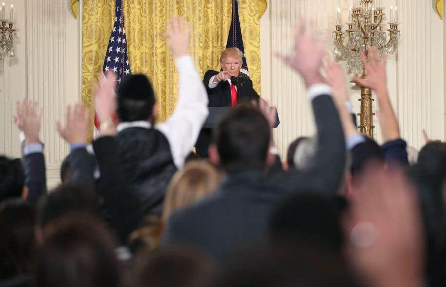 L'échange acrimonieux entre Donald Trump et les journalistes a duré plus de 75 minutes.
