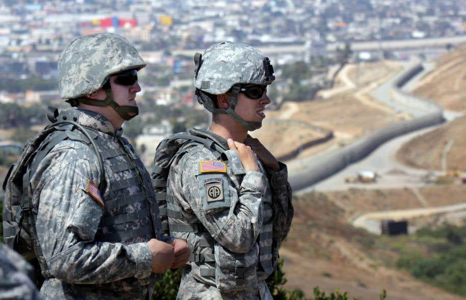 Le gouvernement Trump pourrait mobiliser jusqu'à 100 000 membres de la Garde nationale pour capturer des immigrants illégaux, parfois très loin de la frontière avec le Mexique.