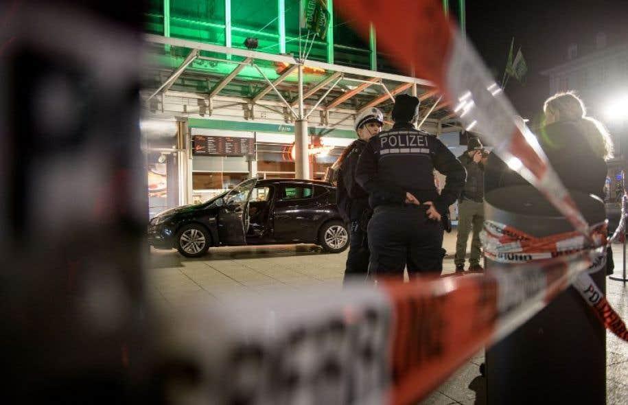 Une voiture fonce sur des passants à Heidelberg — Allemagne