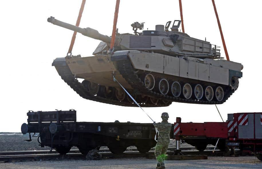 54 milliards de dollars supplémentaires pour la Défense — Trump