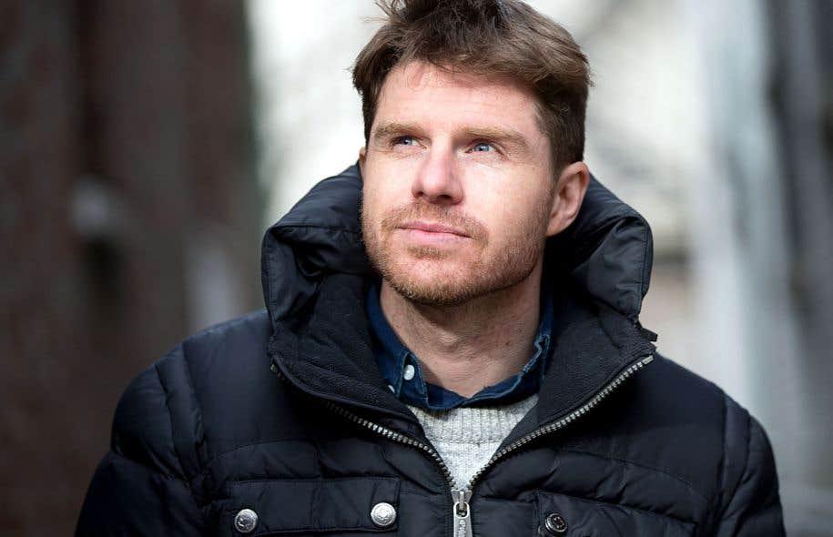 L'auteur-compositeur-interprète Vincent Vallières