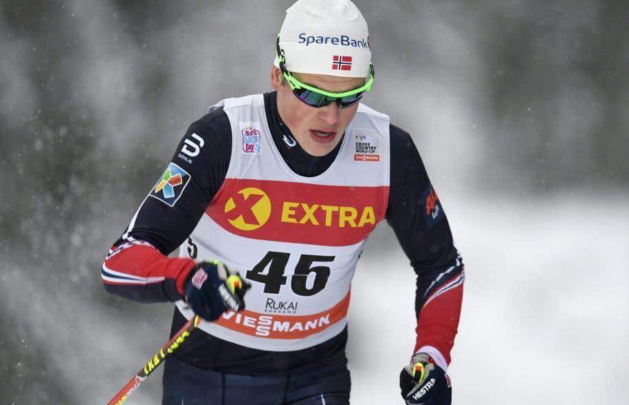 C'est le Norvégien Johannes Hosflot Klaebo qui a remporté la compétition.