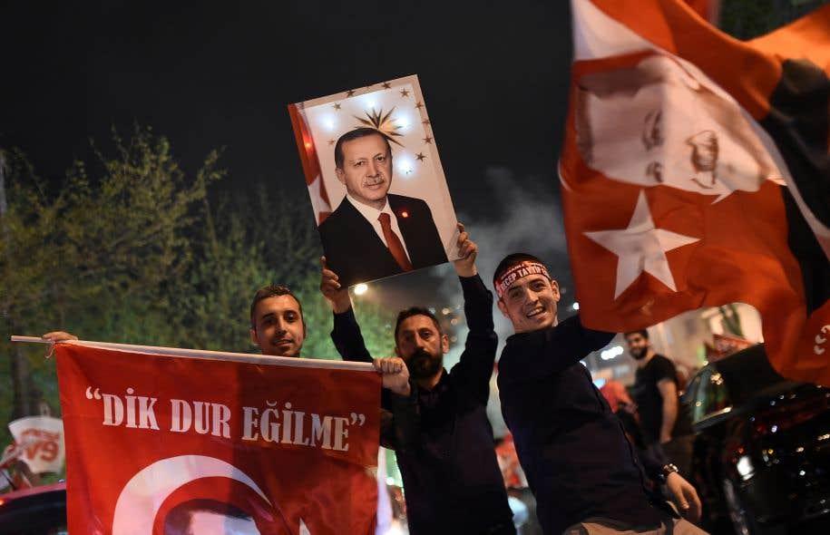 Erdogan évoque un référendum sur les négociations d'adhésion à l'UE — Turquie