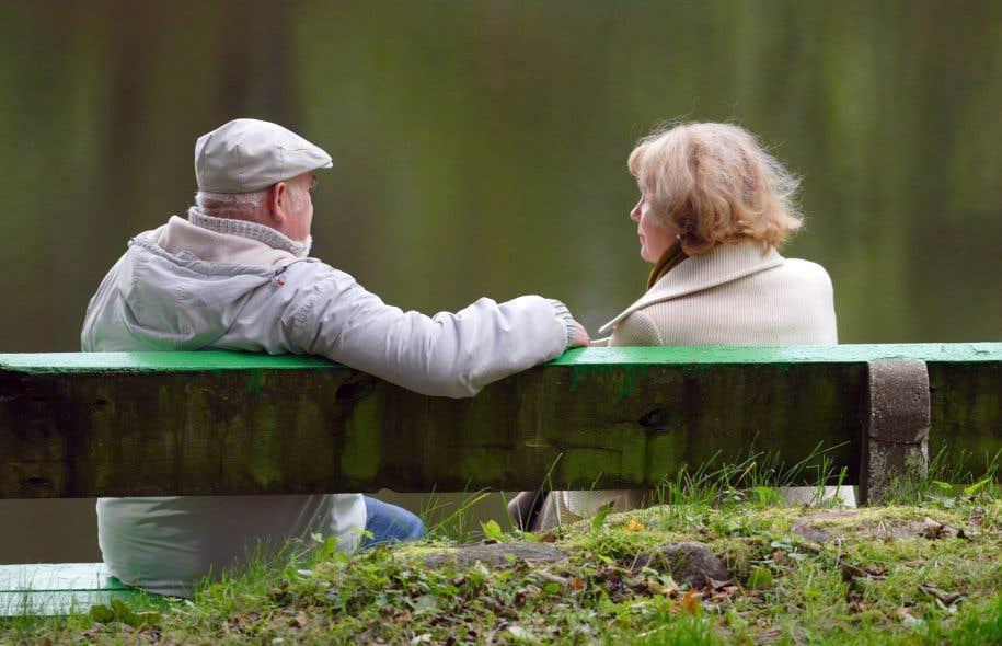 La réforme du système de retraite est devenue un enjeu majeur alors que le vieillissement de la population et la faiblesse des taux d'intérêt compliquent la tâche des administrateurs de régimes.