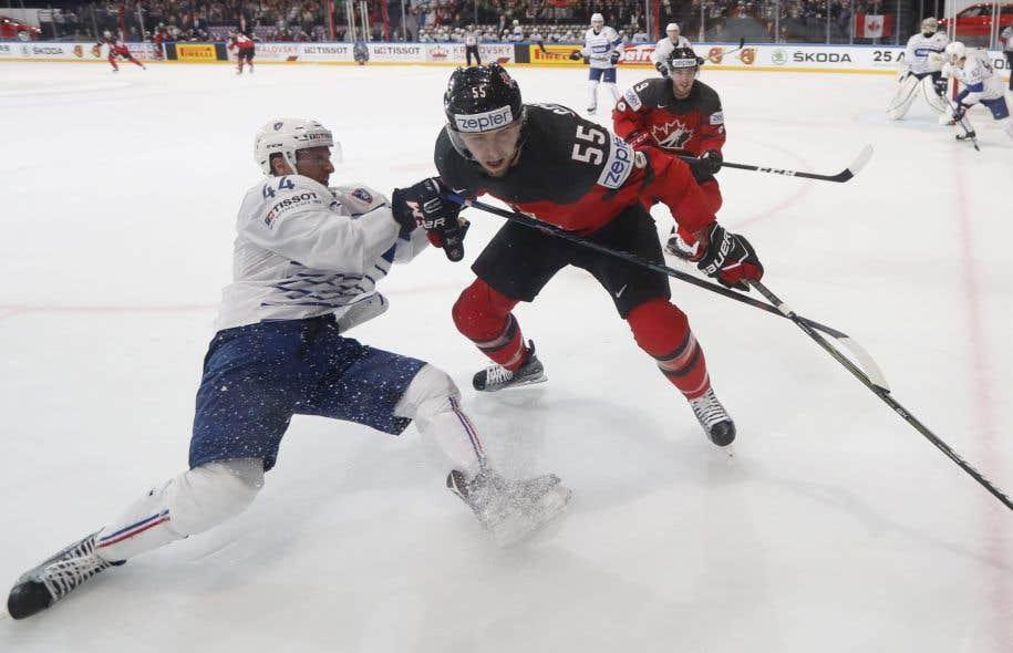Doubles champions en titre, les Canadiens mènent le groupe B avec une fiche de 4-0.