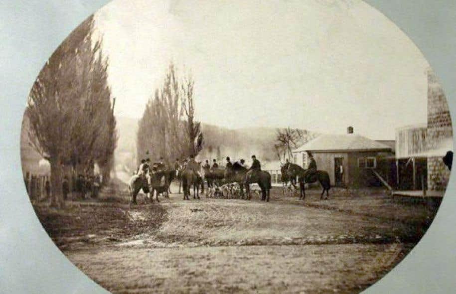 Le Montreal Hunt Club sur le chemin Mile End, 1859