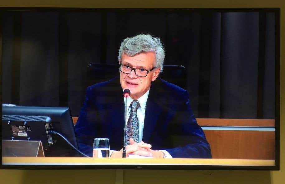 Le juge Jacques Chamberland présidela Commission d'enquête sur les sources journalistiques.