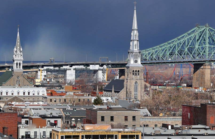 La Ville aux cent clochers n'inspire pas que du beau, que de l'amour aux artistes...