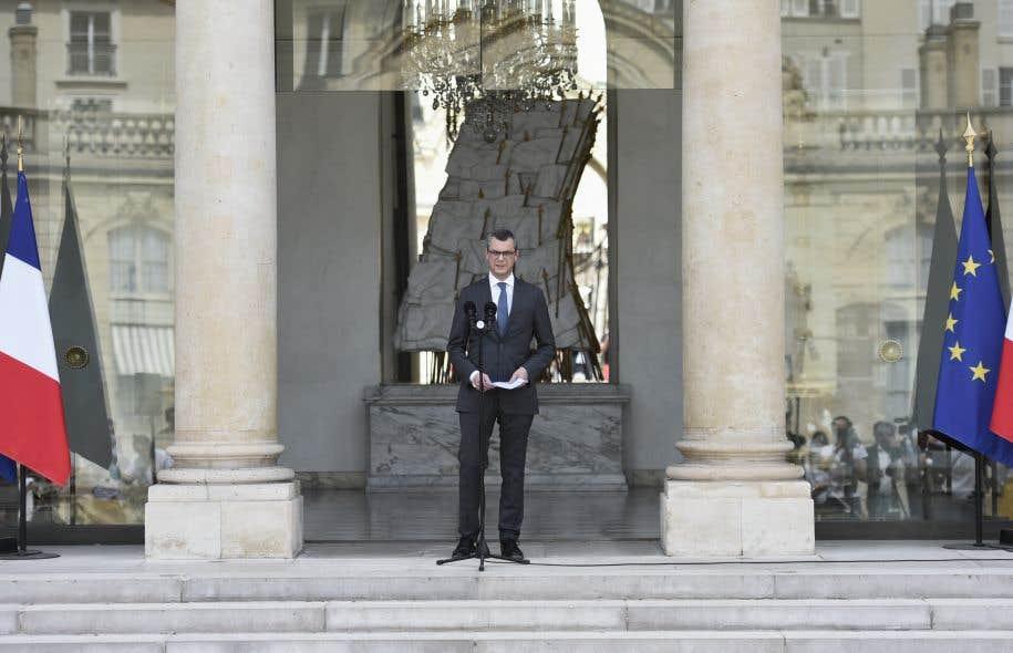 Le secrétaire général du parti La République en marche, Alexis Kohler, a dévoilé la composition du premier gouvernement du nouveau président Macron.