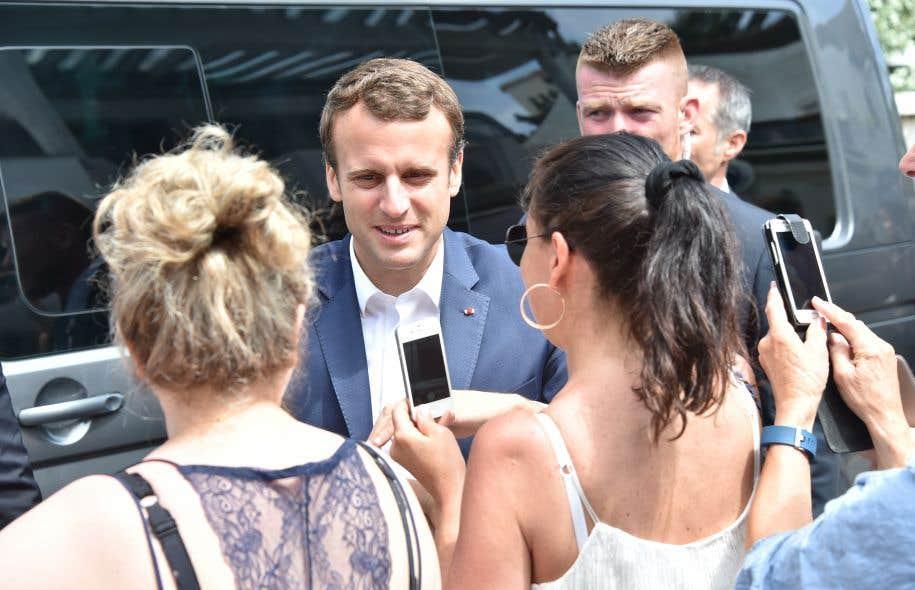Les Français votent, vers un raz-de-marée REM — Législatives