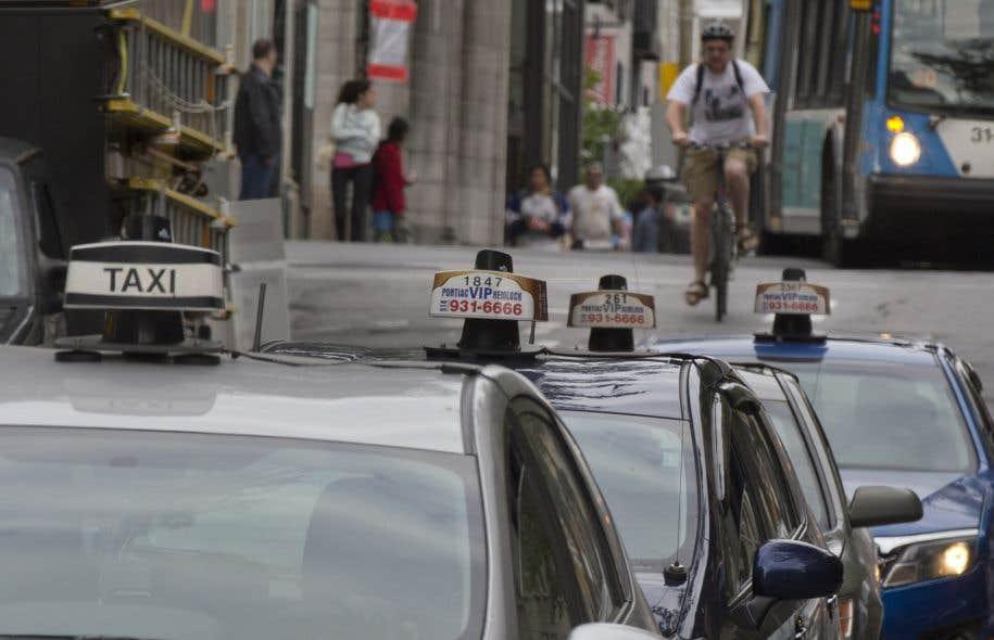 L industrie du taxi claque la porte le devoir for Porte qui claque