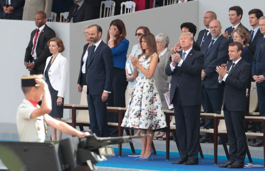 Nicolas Sarkozy sous le charme de Brigitte Macron