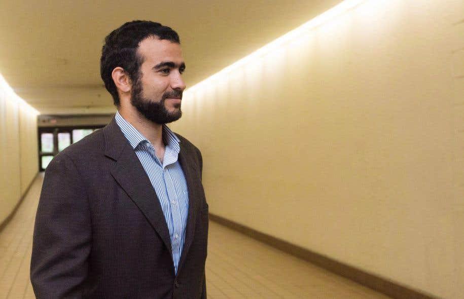 Amnistie internationale a fait part de ses inquiétudes au gouvernement canadien dès octobre2002 alors qu'Omar Khadr était toujours détenu par les Forces armées américaines à la base aérienne de Bagram.