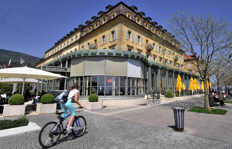 Neuchâtel a son salaire minimum — Première suisse