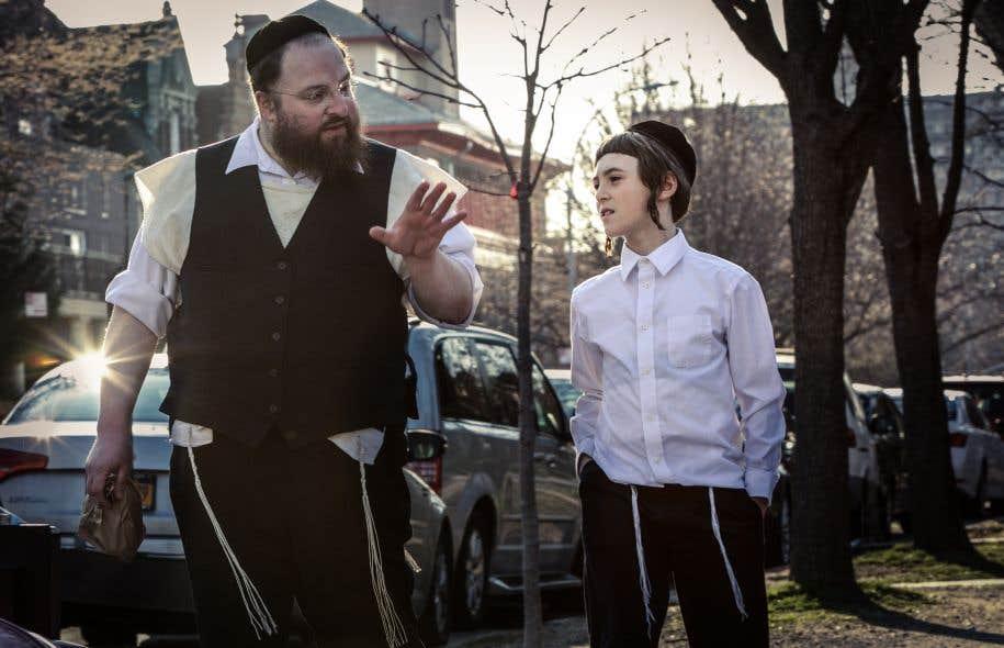 Joshua Z. Weinstein laisse constamment transparaître son héritage de documentariste, filmant des interprètes au profil singulier.