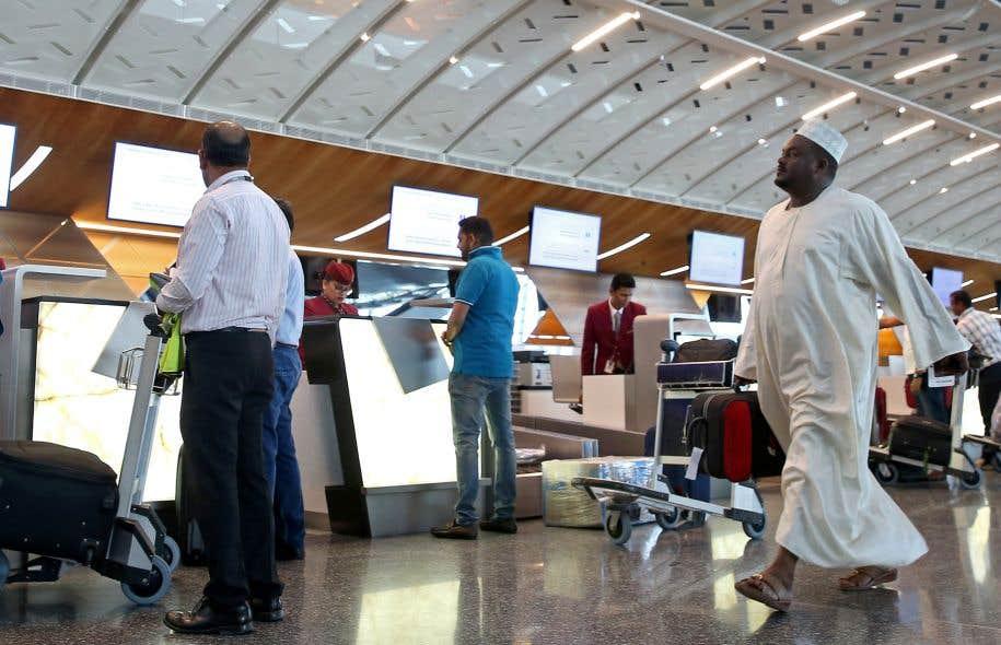 Le Qatar a annoncé le mercredi 9 août, au cours d'une conférence de presse du patron de la compagnie aérienne Qatar Airways, qu'il supprimait les visas d'entrée sur son territoire pour 80 nationalités.